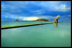 La piscine naturelle sur la plage de Bon Secours, Saint Malo, Ille-et-Vilaine, Bretagne, France