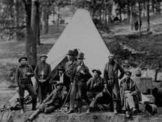 Scouts and guides for the Army of the Potomac, Berlin, Md., October Photographed by Alexander Gardner. Rare Photos, Photos Du, Old Photos, Vintage Photos, American Civil War, American History, Union Army, Civil War Photos, National Archives
