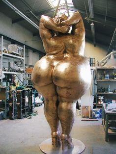 Miriam Lenk - wow - amazing sculpture - gorgeous shape!