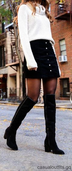 12 Wintermode-Outfits - Carol G. - - 12 Wintermode-Outfits - Carol G. Winter Mode Outfits, Winter Fashion Outfits, Look Fashion, Autumn Winter Fashion, Trendy Fashion, Womens Fashion, Fashion Trends, Fashion Clothes, Fall Skirt Outfits