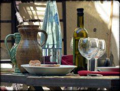 PROVENCE... manger dehors dès que le soleil pointe... une tradition !  http://mistoulinetmistouline.eklablog.com/