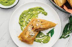 Receta de Tamales de pechuga de pollo con chipotle - Cocina Vital Guacamole, Empanadas, Fajitas, Chicken, Ethnic Recipes, Pasta, Food, Gourmet, Chicken Recipes