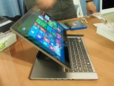 Acer Aspire R7 Convertible Notebook Refreshed for the Holidays