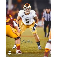 "Manti Te'o Notre Dame Fighting Irish Fanatics Authentic Autographed 16"" x 20"" Stance vs. USC Trojans Photograph - $149.99"