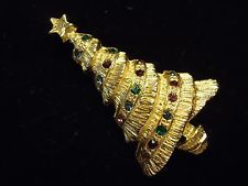 Vintage Textured Gold Tone Multi Color Rhinestone Christmas Tree Brooch Pin