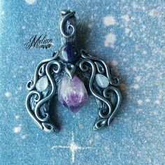 Amethyst Moon pendant 🌘 I really love this one 😊 Blue Sunstone, two Moonstones and an Amethyst point make a great combination 💜 I wanted…