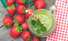 The Red Green Berrylicious Smoothie Recipe (Day 3) | Smooth Operator & 30-Day Green Smoothie Challenge | Learn Wellness Articles | tuja wellness