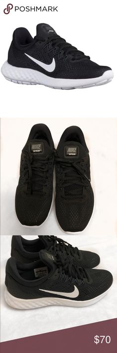check out bee1d 559ce Shop Women s Nike Black size Athletic Shoes at a discounted price at  Poshmark.