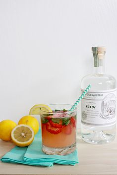 Strawberry Basil Lemonade Cocktail | The Band Wife