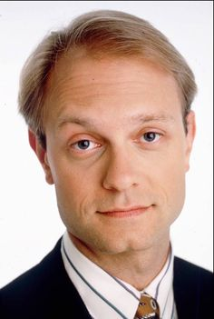 """Happy birthday, David Hyde Pierce. The actor, who earned four Emmys as Niles Crane on """"Frasier,"""" won a Tony for the musical """"Curtains"""" and received a Tony nomination last year for """"Hello, Dolly!,"""" is 59 today. Photo courtesy of AP> https://www.facebook.com/ClassicHollywoodLAT/photos/a.325229037557486.74836.315575098522880/1652168204863556/?type=3&theater"""