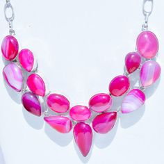 'Beautiful Pink Agate Gemstone Necklace' is going up for auction at  8pm Sun, Sep 9 with a starting bid of $20.
