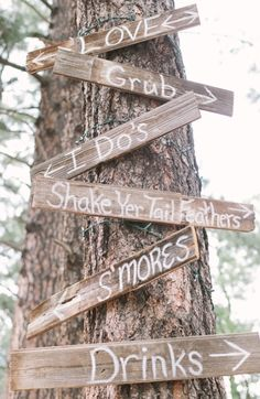 Awesome rustic outdoor wedding directional sign.