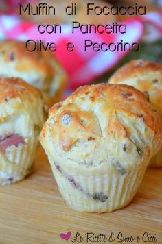 Muffin di Focaccia con Pancetta Olive e Pecorino Biscotti, Too Many Cooks, Vegetarian Snacks, Breakfast Items, Yummy Appetizers, Crepes, Finger Foods, Buffet, Love Food