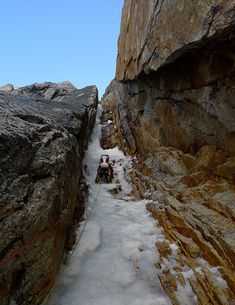 Rowe on Pitch 2 of the West Ridge variation in 2013. [Photo] Peter Heaussler