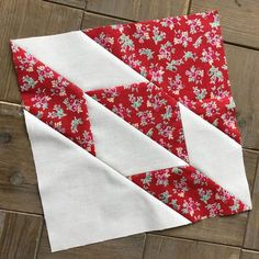 Join us to sew the classic Hunter Star Quilt block pattern with a modern Fat Quarter Shop twist! Quilting and backing sets available!