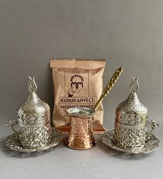 Coffee Gift Set For 2 This set is made especially for coffee explorers in other words for coffee lovers. Perfect for who is looking for new rituals or create moments of joy in day-to-day life. Treat yourself or gift to your loved one! Coffee Gift Sets, Coffee Gifts, Coffee Set, Copper Pots, Brass Handles, Silver Color, Pure Products, Coffee Lovers, Tableware