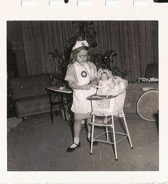 Nothing short of completely adorable! #nurse #vintage #hospital #1950s #fifties #kids #costume #dolls