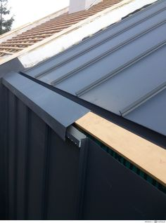 📌 roof models for rooftop windows or sleeping sheds or loft rooms 8 « ANIPO Roof Cladding, Exterior Wall Cladding, House Cladding, Zinc Roof, Metal Roof, Roof Design, Exterior Design, Roof Detail, Roof Structure
