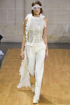 Veronique Branquinho   Spring 2016 Ready-to-Wear Collection   Vogue Runway