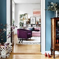 This beautiful shade of blue (Stone Blue by Farrow & Ball) has quickly become a favorite of mine. Loving it alongside the soft pink sofa and violet accent chair. source: www.elledecoration.se styling: Saša Antic photo: Andrea Papini