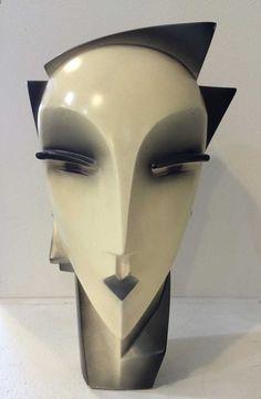 Lindsey B Balkweill 1984 Sculpted Head Unit 55 - Antiques Vintage & Interiors Oxfordshire Sculpture Head, Sculptures Céramiques, Modern Sculpture, Abstract Sculpture, Art Deco Furniture, Art Moderne, Art Deco Design, Native American Art, Ceramic Art