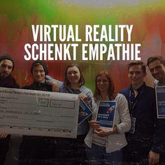 """An awesome Virtual Reality pic! Heute habe ich mit einem unfassbar tollen Team den Preis """"Virtual Reality in News"""" des NDR Hackathon gewonnen - im Wert von 500  Einladung zu Google  Virtual Reality hat meiner Meinung eindeutig das Potenzial dazu die Medienwelt komplett zu verändern und zu bereichern.  Stärke von VR ist es Empathie für andere Menschen zu schenken da wir in Situationen und Lebenswirklichkeiten von Menschen reinversetzt werden und somit ein besseres Verständnis für diese…"""