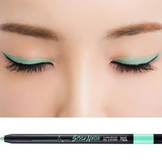 Adding a quick swipe of eyeliner in fun, bright hues instantly transforms your look! #TouchinSolKorea