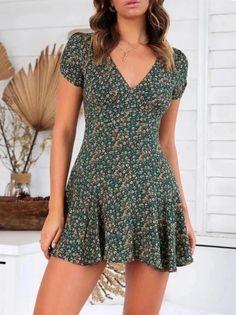 V-Neck Short-Sleeved Printed Slim Sweet Zip Dress Source by mariahjanay Dresses Cute Dresses, Casual Dresses, Casual Outfits, Fashion Dresses, Girls Dresses, Maxi Dresses, Elegant Dresses, Formal Dresses, Wedding Dresses