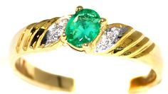 Diamond Genuine 18K Yellow Gold Emerald Solitaire Ring [R... https://www.amazon.com/dp/B00CG6G09Q/ref=cm_sw_r_pi_dp_XWtFxb82DW0XH