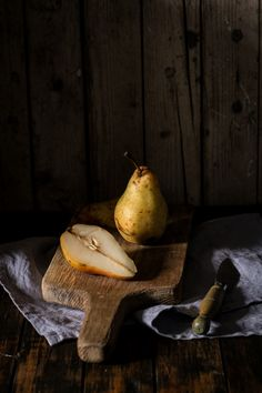 Best Food Photography, Food Photography Styling, Photography Tutorials, Food Styling, Creative Photography, Photography Basics, Photography Lessons, Natural Light Photography, Dark Photography