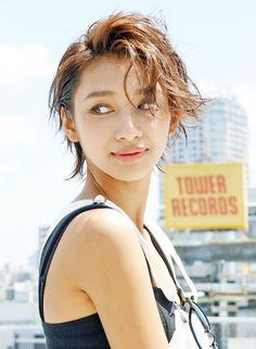 【ALBUM】外国人風クールショート(髪型ショートヘア)