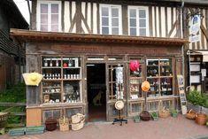 Beuvron-en-Auge: Normandische gezelligheid ** | Dorpen in Frankrijk Liquor Cabinet, Furniture, Home Decor, Normandie, Eyes, Decoration Home, Room Decor, Home Furnishings, Home Interior Design