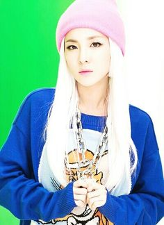 Find images and videos about kpop, and dara on We Heart It - the app to get lost in what you love. Sandara 2ne1, Sandara Park, Kpop Girl Groups, Korean Girl Groups, Kpop Girls, K Pop, 2ne1 Dara, Rapper, Back Home