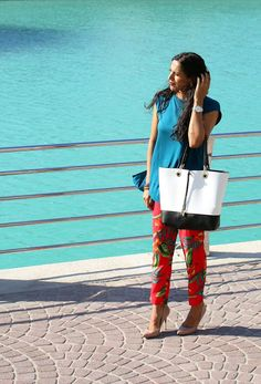 The Silver Kick Diaries: Turquoise Water and Top, and Holiday Pants