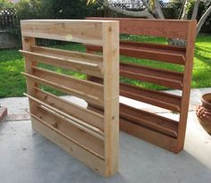On wheels for g-cans? Interesting start for a vertical garden. Anything that does more than one thing is cool in my book. Privacy screen and vertical garden all in one. Vertical Garden Plants, Vertical Garden Diy, Vertical Planter, Garden Planters, Pallet Planters, Pallet Gardening, Organic Gardening, Trellis Fence Panels, Privacy Trellis