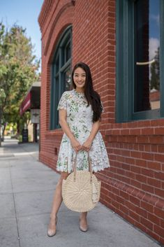 Summer Inspiration 2018 Cute Summer Dresses, Boho Summer Outfits, Stylish Summer Tops and Shorts Picture Description Wearing the cutest floral LWD! Cute Floral Dresses, Cute Summer Dresses, Spring Dresses, Boho Summer Outfits, Classy Outfits, Casual Outfits, Modern Gypsy Fashion, Modern Hippie, Hippie Stil