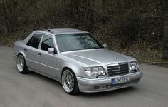 Mercesdes E500, W124 - Gran turismo at its finest..