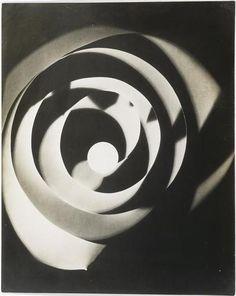 Man Ray : Rayogramme, 1923