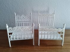 Miniature House: faux iron bed (made of wood and lace)                                                                                                                                                                                 More
