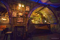 Submarine Steampunk, Amazing design of the pub   Gudsol