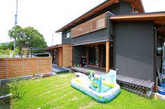 趣味を楽しむ暮らし:大阪の注文住宅、木の家の一戸建てなら工務店「コアー建築工房」 Outdoor Decor, House, Home Decor, Decoration Home, Home, Room Decor, Home Interior Design, Homes, Houses