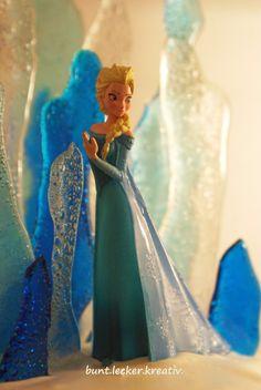 """Hallo Ihr Lieben...   Elsa ist ja überall und auch Olaf...eigentlich jeder kennt den Film """"Die Eiskönigin""""...ich persönlich finde es faszini..."""