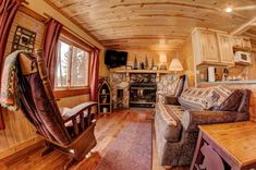 Hiller's Pine Haven Resort: Cabin 6