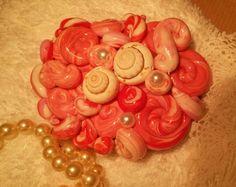 Piedra decorada regalo para estas Navidades, para ella, amor, dulzura, detalle para ella en rosa. de MarianCreaciones en Etsy https://www.etsy.com/es/listing/490139407/piedra-decorada-regalo-para-estas