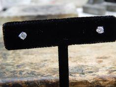 0.40 ct Diamond Stud Earrings