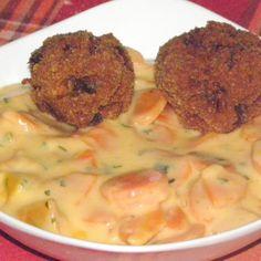 Mashed Potatoes, Chicken, Ethnic Recipes, Food, Italia, Hungarian Recipes, Whipped Potatoes, Smash Potatoes, Essen