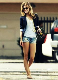 Ways to Wear Shorts and a Blazer