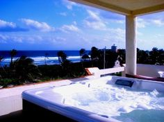 Casa Amor del Sol.  http://casaamordelsol.com/