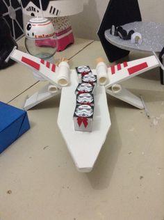 Star wars x wing bandeja de papelão e EVA ! DIY !