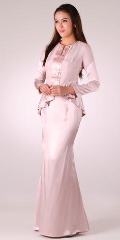 http://www.rarablack.com/store/index.php/de-enclosed-dress-beryl-peplum-2-piece-dress.html
